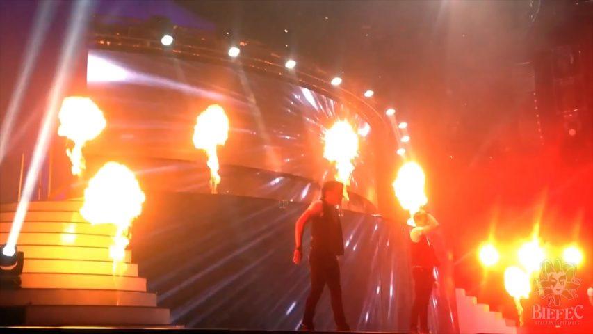 Máquinas de fuego lanzallamas de Biefec FX, Efectos Especiales, para eventos y grandes shows: Flamaniac, Wave Flame, Flame Jets y Stage Flame.