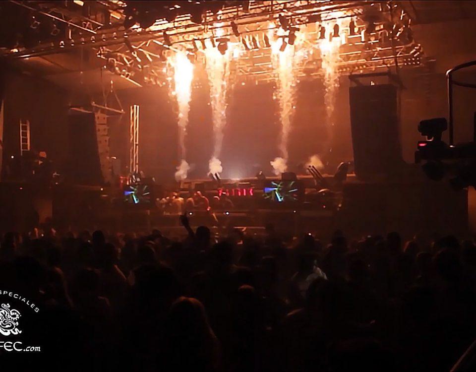 Lanzallamas, pirotecnia, CO2, serpentinas y confeti para la discoteca Fabrik Madrid y los mejores DJs de música electrónica por Biefec FX, Efectos Especiales.