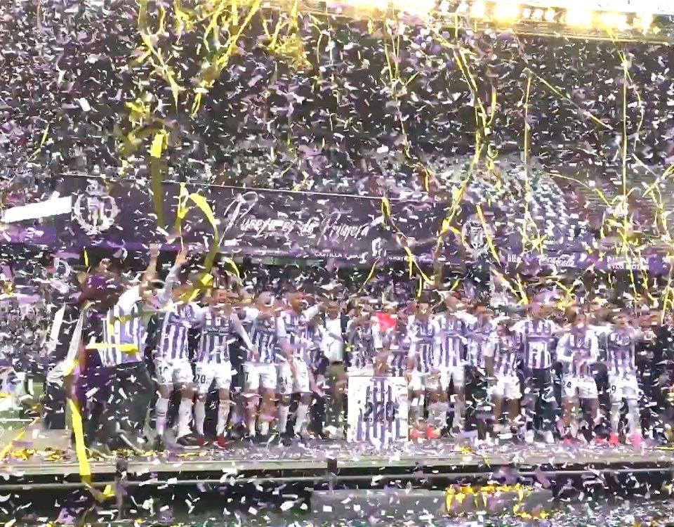 BIEFEC FX Efectos Especiales en la celebración de la permanencia en primera división del Real Valladolid. Pucela es de Primera!!. Confeti, Streamers Gigantes y chorros de chispas con nuestra SPARKULAR VERTICAL.